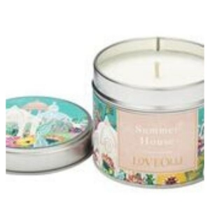 Loveolli Summer House Candle