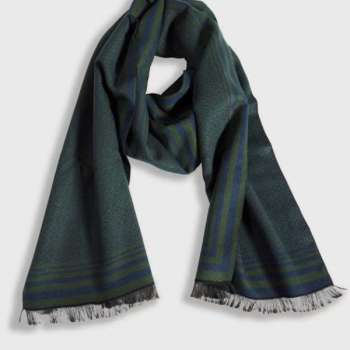 Boxed Mens Scarf With Green/Navy Border
