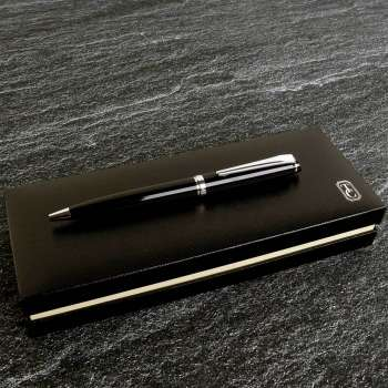 Tipperary Crystal Oscar Wilde Black Pen