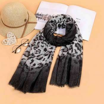 Two Tone Leopard Print Scarf Black
